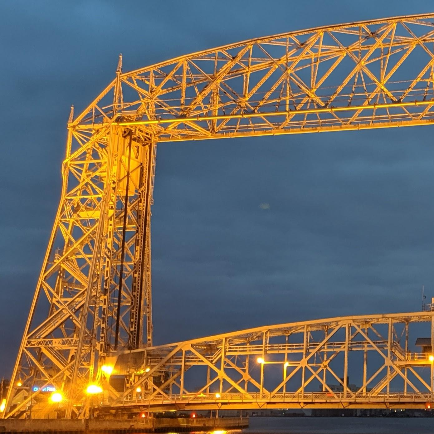 A photograph of the lift bridge in Duluth, Minnesota at dusk.